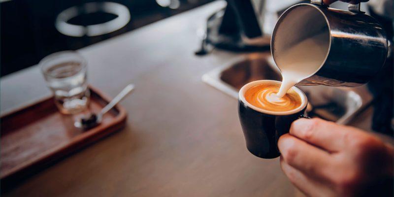 Как выбрать объемы одноразовых стаканов для кофейни